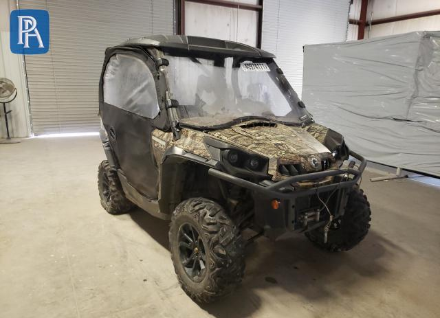 2016 CAN-AM COMMANDER #1709500634
